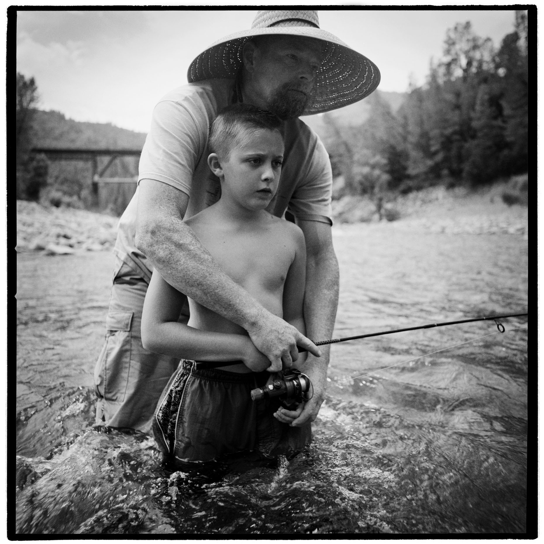 050FatherandSonFishing2003